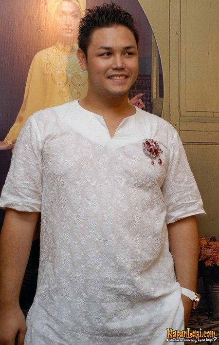 Ivan Gunawan as Designer and Entertainer  2010 5de5a4ee7c
