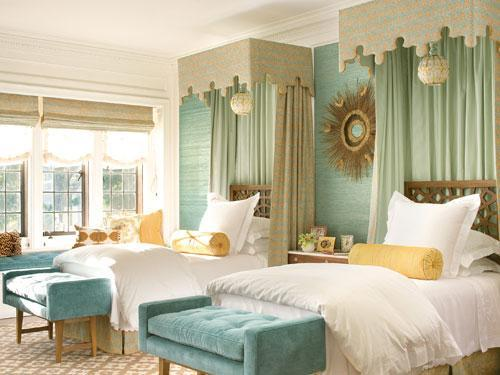 Sense and Simplicity: Colours that go with Seafoam/Aqua