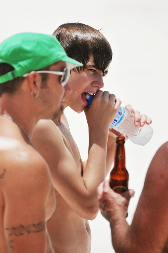 Justin Bieber Shirtless In Barbados 2010