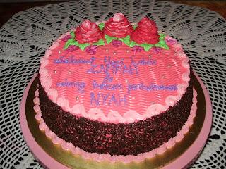 Kek Ising Hiasan Bunga