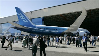 Boeing 787 Dreamline premiere ceremonial event image 2