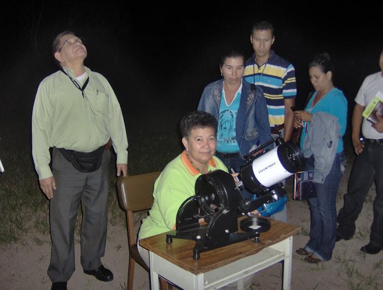 2009. AÑO INTERNACIONAL DE LA ASTRONOMIA.OBSERVACIÓN ASTRONÓMICA EN SAN ANTONIO DE CAPAYACUAR