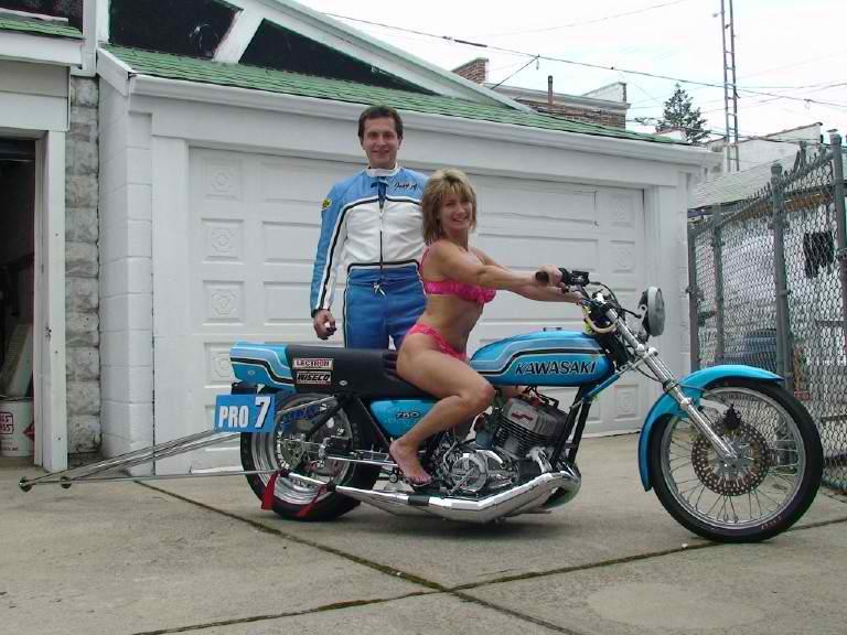 Magneto 1972 Kawasaki H2 Drag Bike
