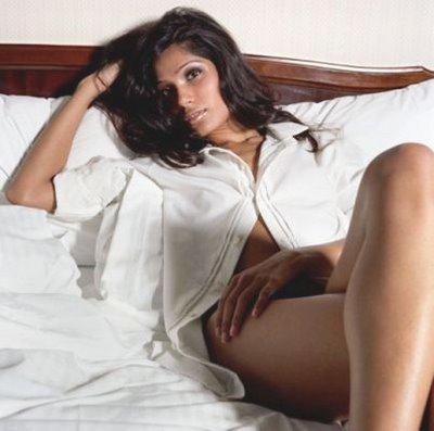 Freida Pinto Hot