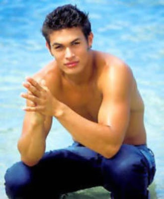 Jason Momoa: Baywatch Hawaii Resident Hunk