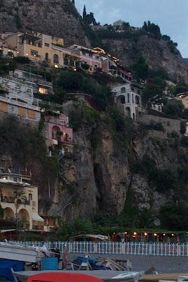Naples et décembre POSITAN