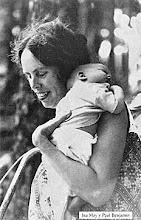 La partera que revolucionó los nacimientos en el siglo XX