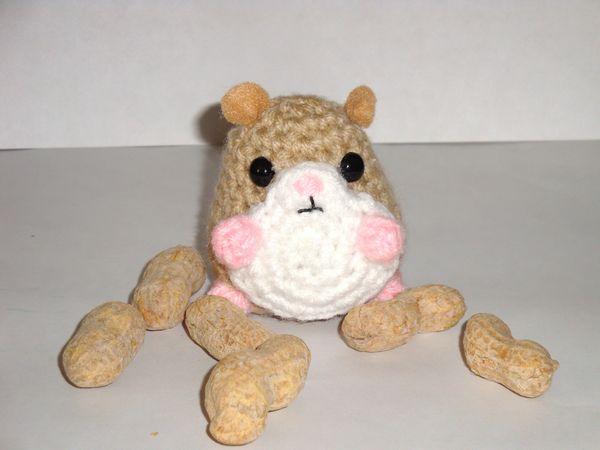 Otanjoubi Omedetto mi Tigesito >w< ♥ ♥  Tiny_Hamster_Tan_by_Simnut