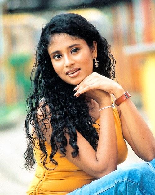 Manjula Kumari | LK Model Zone | Sri Lankan No.01 Model