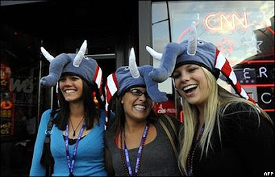 convention hats are stupid as Hell, but these hot chicks do make me...uhh...HORNY!
