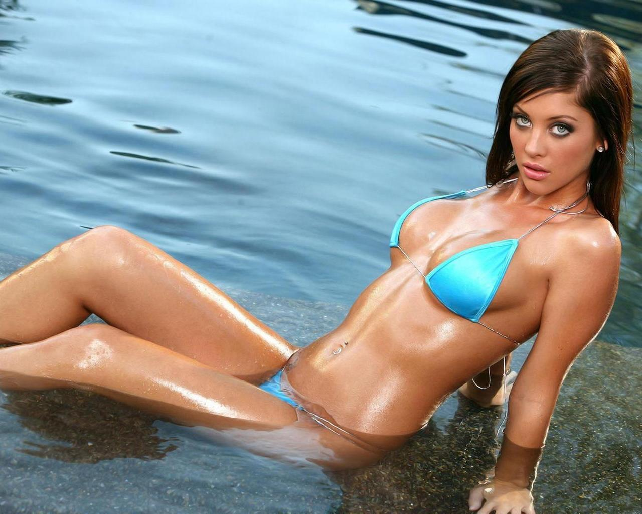 most beautiful women in bikini group