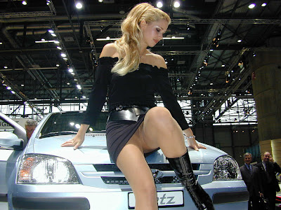 Car show girls and pantyhose - Hot Nude
