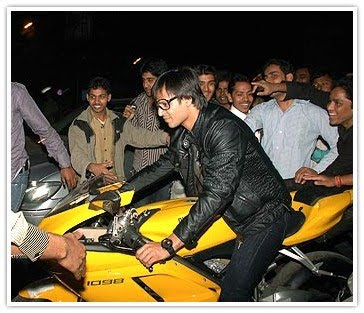 Vivek Oberoi on Ducati 1098