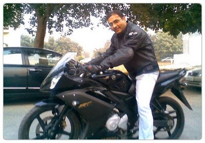 Sajal on the Yamaha R15
