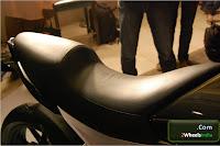 Mahindra Mojo Seat