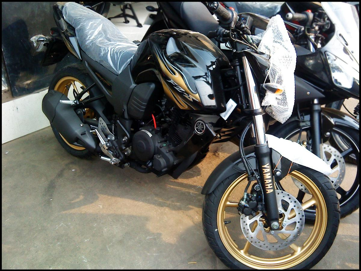 10 Yamaha launches FZ FZ-S  quot Midnight quot  Limited EditionYamaha Fzs Limited Edition Midnight Special