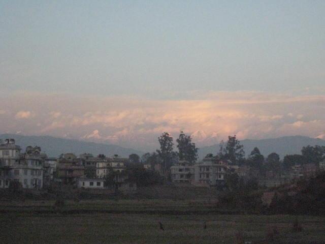 ヒマラヤが見える首都