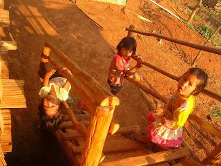 niños tailandia