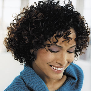 http://4.bp.blogspot.com/_Y8LjKDlKRkc/SiK8ZhAxp3I/AAAAAAAAAFk/jQbtPw9yBSk/s320/short-curly-hairstyles_+Black+hair+styles-738176.jpg