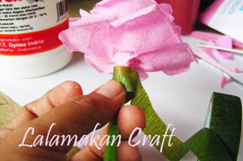 Creativity Tutorial: Tutorial Membuat Bunga Rose dari Kertas Krep