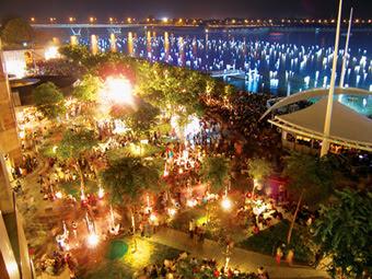 Lighted Wish Spheres @ Marina Bay