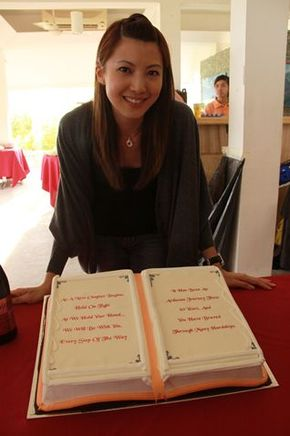 CP Fans Club Com http://entertainment.xin.msn.com/en/celebrity/blogs/fans/Jeanette-Aw-Fan-Club.aspx?cp-documentid=4984709