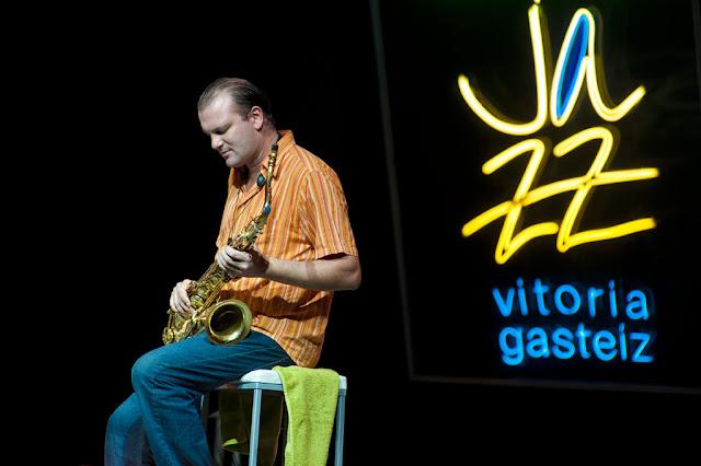 Frank Wolf - Festival de Jazz de Vitoria - Polideportivo de Medizorrotza (Vitoria) - 13/7/2010