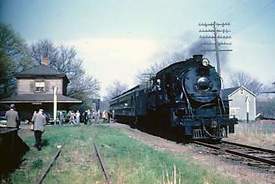 CNJ Last Day Neshanic Station 1953