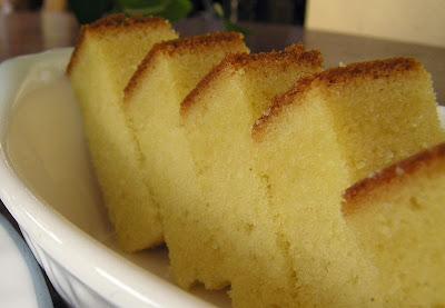 http://4.bp.blogspot.com/_YDLczpBQJ4w/Sh4lr06oH6I/AAAAAAAADHg/VowvBDYBo4w/s400/butter+cake.jpg