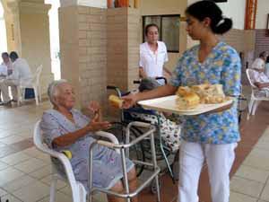 Mkl un vistazo a la percepcion del adulto mayor sobre la for Asilos para ancianos