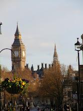 El Big Ben desde Trafalgar Square. Londres