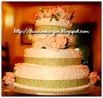 4-tier Fresh Cream Wedding Cake