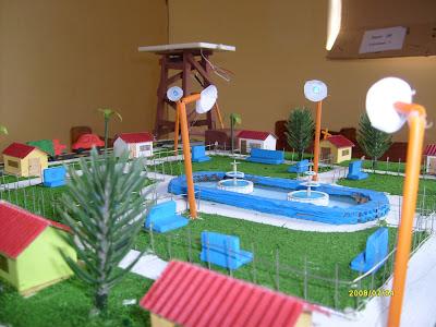 Soluciones solares ciudad ecologica con paneles solares for Proyecto construccion de aulas escolares