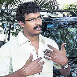 Samuthirakani wows in Malayalam