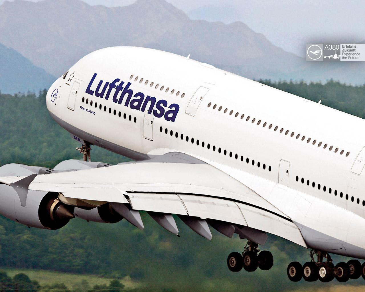 http://4.bp.blogspot.com/_YFDy5j0P3dU/S92rCsseepI/AAAAAAAACOc/IpygeYTtQWQ/s1600/A380_wallpaper_1280x1024_04.jpg