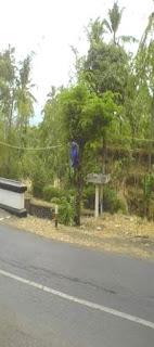 Sudut Jembatan Sentugi (Montor Mio Megantung)