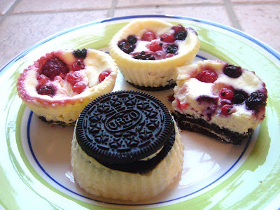 east meets west mini baked oreo cheesecakes. Black Bedroom Furniture Sets. Home Design Ideas