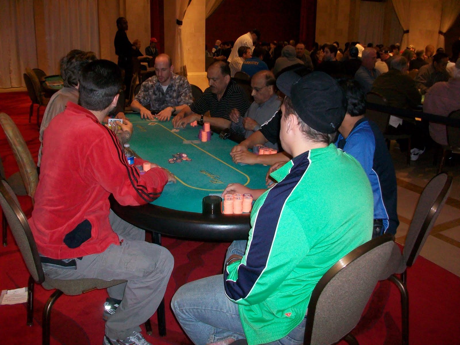 http://4.bp.blogspot.com/_YFuEKy0IcKk/S8n9ZkWW2HI/AAAAAAAABwY/xiUH5VAJbMA/s1600/final+table+04+17+mixed+game.JPG