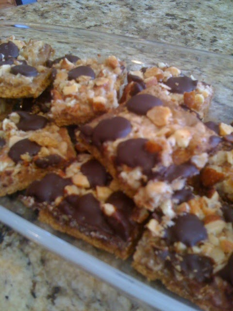 EVERYDAY SISTERS: Salted Toffee Chocolate Squares