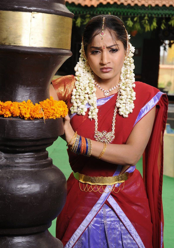 Snehithuda Fame Madhavi Latha Half Saree Stills Fashionlatest Fashion