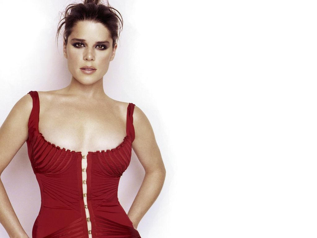 Celebrities Now And Then Neve Campbell