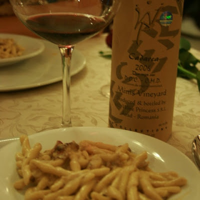 Trofie cu gorgonzola, speck si nuci si Cadarca Reserve 2006
