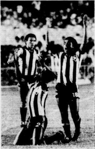 Campeonato Brasileiro 1981: Botafogo x Flamengo  1981-04-19-Mirandinha-Perivaldo-Edson-Botafogo-x-Flamengo