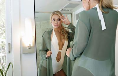 Hayden Pannettiere en la galería 'Actrices frente al espejo' de elhombreperplejo.com