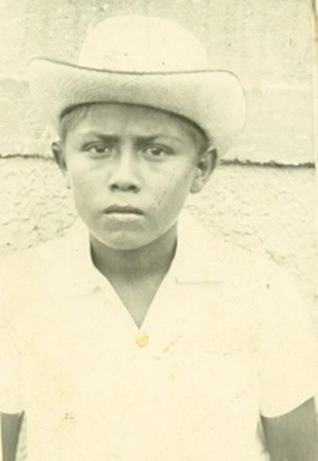 Niño de Ipapure de salida a la ciudad