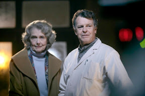 FRINGE: Walter (John Noble, R) is visited by a stranger (guest star Mary Beth Peil, L) from his past in the FRINGE episode The No-Brainer