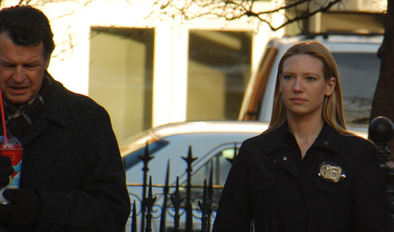 Fringe's John Noble and Anna Torv filming in NYC with a Slusho!