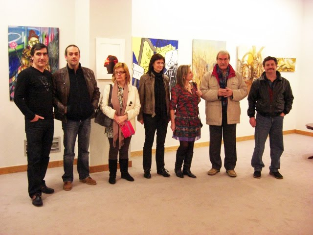 The artists presents with D. Francisco Pablos