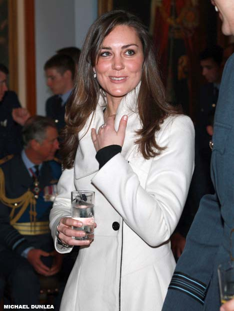 kate middleton leather gloves. KATE MIDDLETON