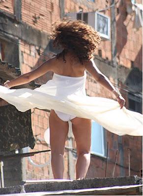 Alicia-Keys-dress Alicia & Beyonce sous le soleil de Rio